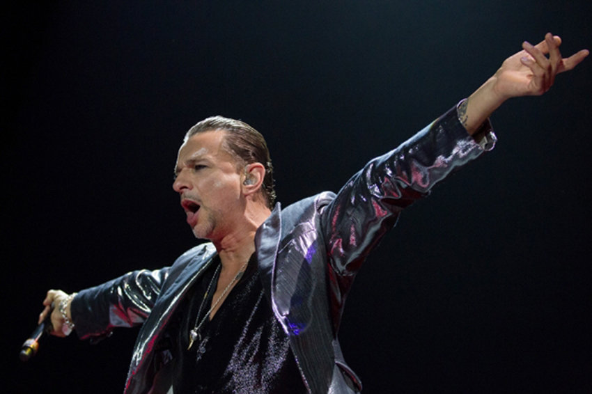 Названы 10 хитов Depeche Mode на все времена.jpg